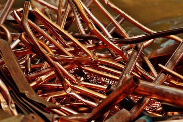Cómo quitar un atasco en tuberías de cobre